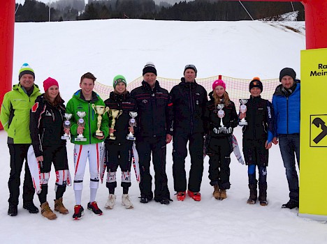 Bezirksmeisterschaft Riesenslalom in Oberndorf
