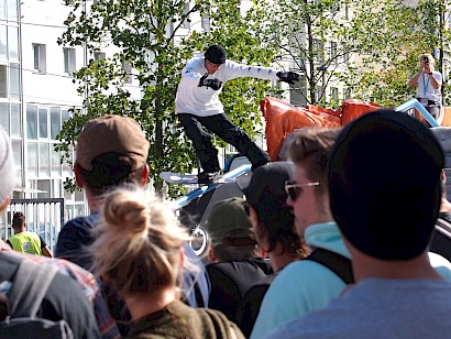 Simon Pircher siegt beim Jib City Contest in Wien
